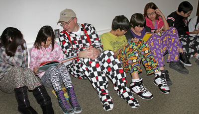 Fr. Steve joined the Lakota (Sioux) boys and girls to read Dr. Seuss books.